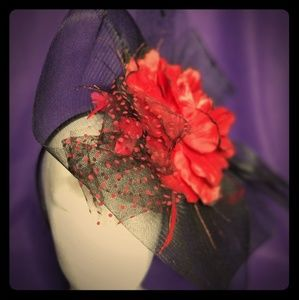 CLAIRE'S - Fascinator (NWT)